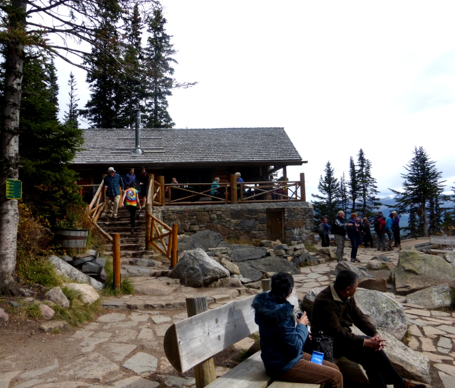 P1030824 Lake Agnes Tea House